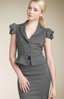 d0a48ac42d5 Стильные деловые женские костюмы. Деловой костюм must-have в ...
